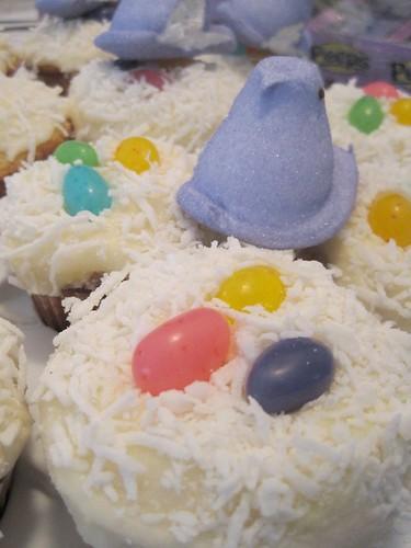April23-EasterCupcakes