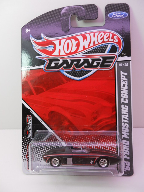 hot wheels garage '62 ford mustang concept blk (1)