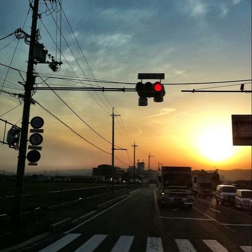 夕陽がデカっ! 今日も一日、お疲れ様でした。 #Nara #sunset