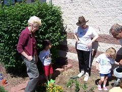 GardeningStorytime5-11 050