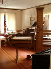 B franklin print shp room