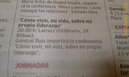 Gontzal Ruiz en los Cafes Coloquio de Larruzz by LaVisitaComunicacion