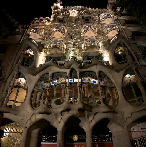 Casa Batlló di notte