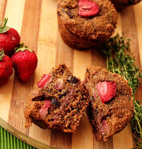 Cut-strawberry-muffin