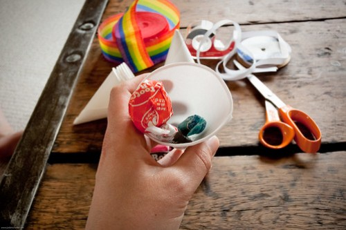 {how to} make mini pinata's!