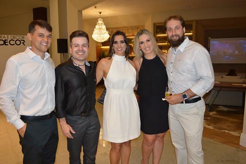 Cássio Penna, o artista plástico Marcus Damásio, Cristina Araújo, Claudinha Damasceno, da Novo Stilo, e Deivyd Acipreste