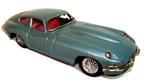 Bandai Jaguar E 2