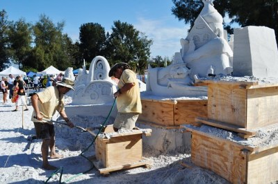 Siesta Key Crystal Classic Master Sandsculpting Competition, Nov. 20, 2010: Grinch Stole Thanksgiving First by Brad Goll & Jon Woodworth
