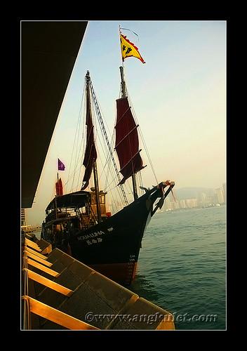 Junk in Victoria Harbor, HK 2010