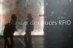 implanter des puces RFID (c) Pierre Metivier
