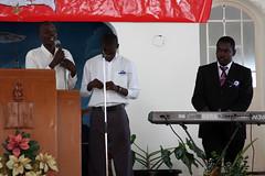Teen singing