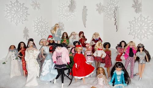 Happy Holidays Dollie Display
