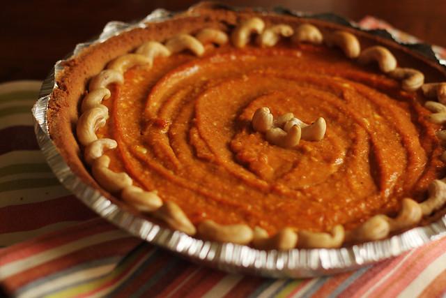 Vegan Pumpkin Cashew Pie #veggieangie
