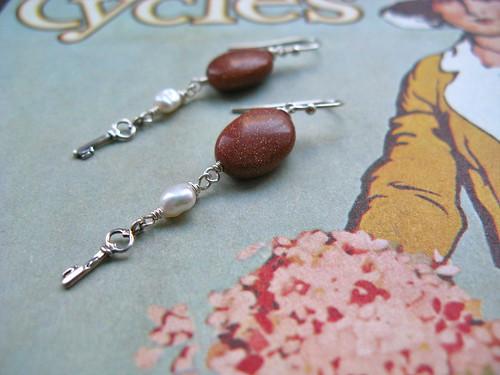 Keys of Calm earrings in goldstone