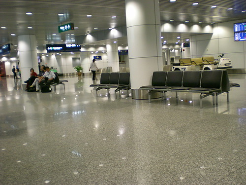 KLIA domestic departure lounge