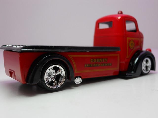 jada toys hear '47 ford coe (2)