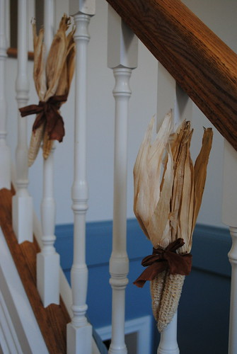 corn husk decorations for thanksgiving