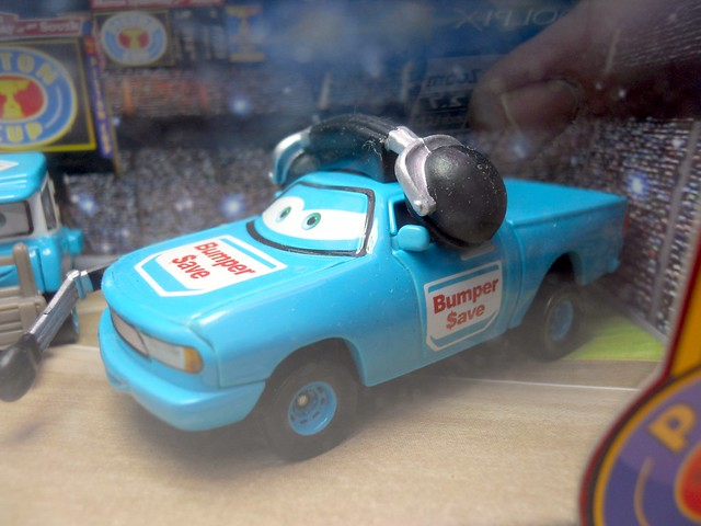 disney cars bumper save pit crew set (3)