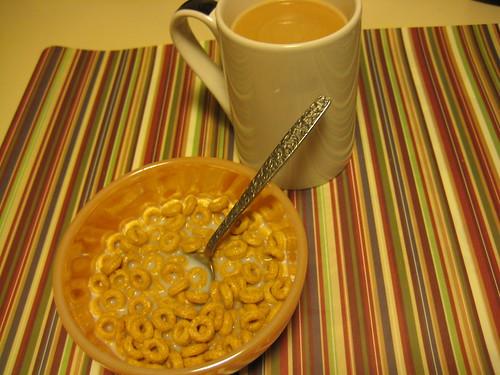 Cheerios Banana Nut and coffee