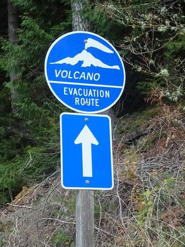 WA Volcano Evacuation Route Sign