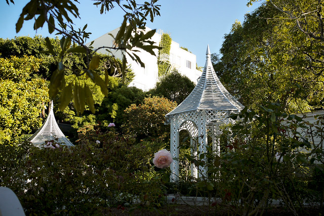 """Fay Park"", a historic Thomas Church Garden, (Leavenworth and Chestnut Street)"