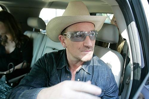 Bono en chile marzo 2011