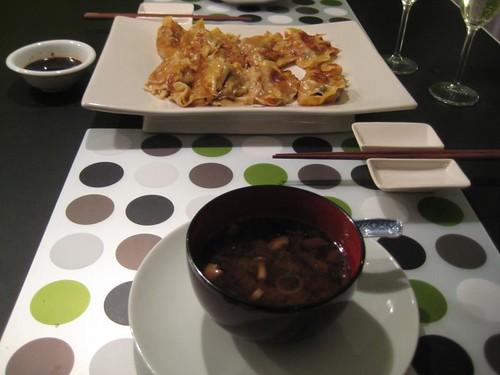 Sunday dinner: yaki-gyoza & miso soup