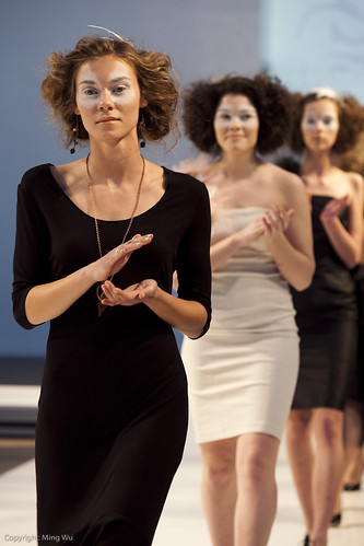 Ottawa Fashion Week 2011 - Serendipity by Kelsey McIntyre