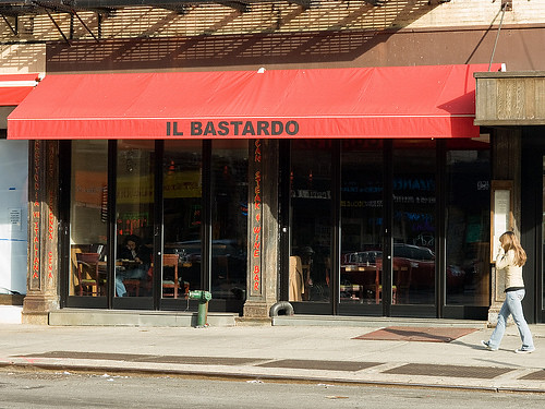 Il Bastardo outside