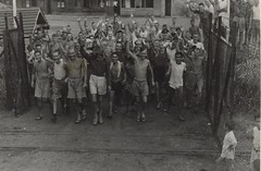 Allied prisoners of war after liberation of Ch...