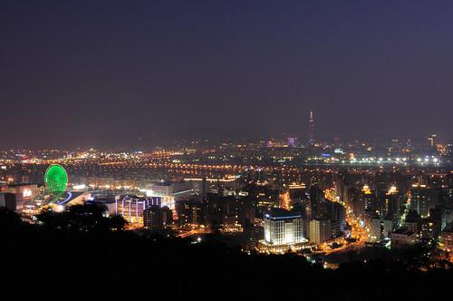劍南山夜景