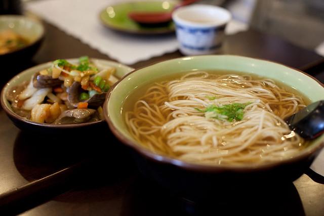 Shrimp & pig kidney noodles