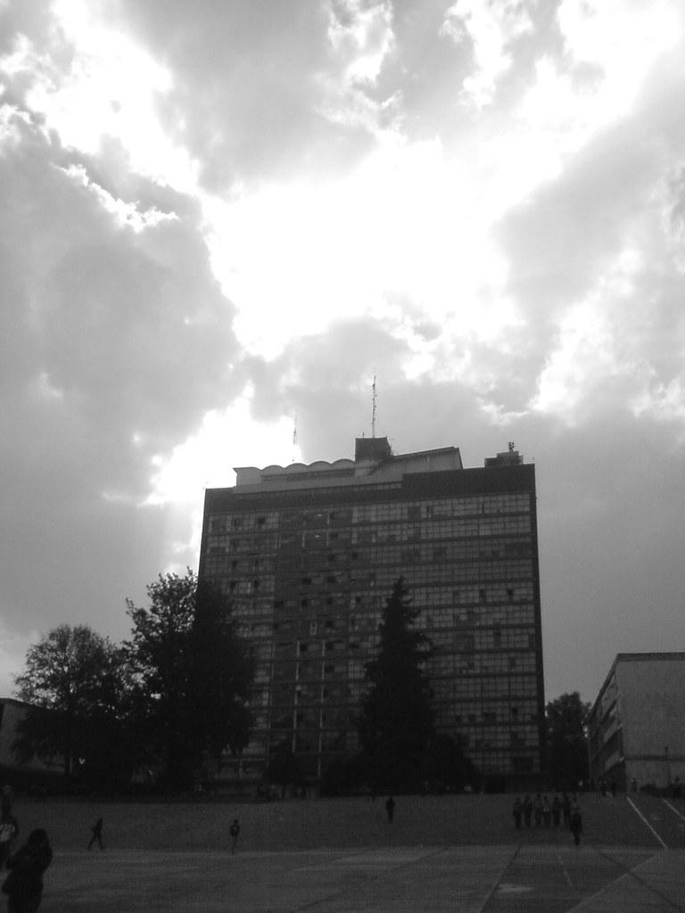 Torre de Humanidades II