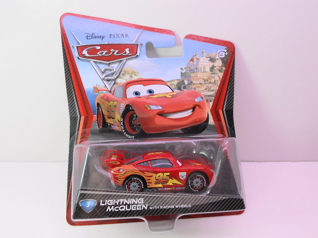 disney cars 2  lightning mcqueen with racing wheels (1)