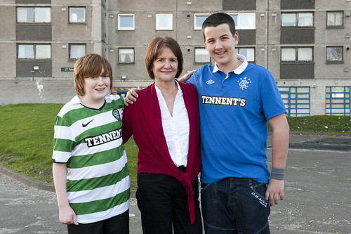 Theresa Breslin meets Bryan Wilson (Drumchapel High) and Kyle Nolan (Bannerman High) Divided City. Photo by Tim Morozzo