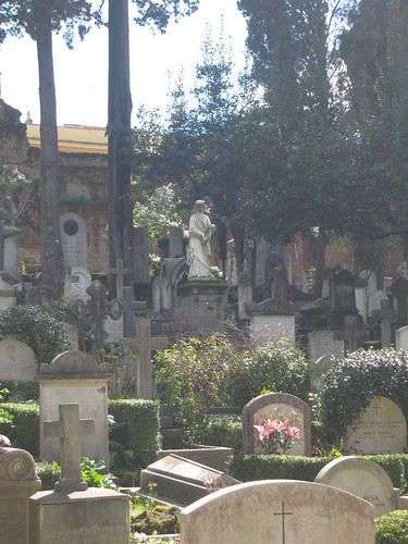 Did I mention I love cemeteries.