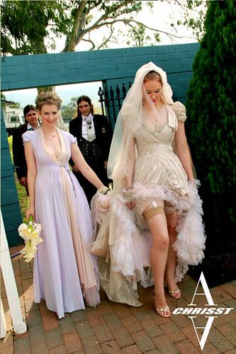 A-Chrisst-Avant-garde-Bridal-core-wedding-dress-5