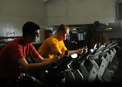 Sailors work out to prepare for upcoming physi...