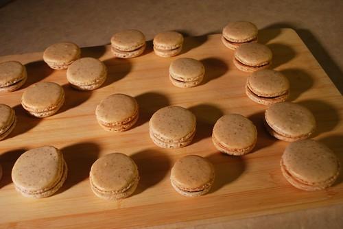 macaron army