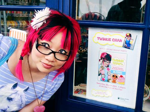 Twinkie Chan | London Cupcake Party 2011