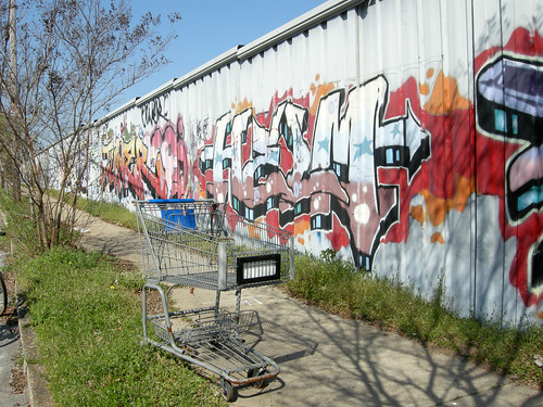 graffiti + grocery cart 2