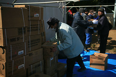 Navy-Marine Corps team delivers needed supplies to Oshima