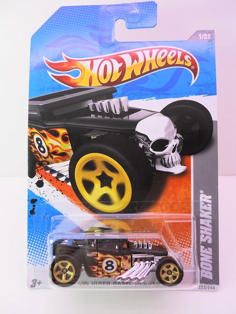 hot wheels bone shaker black (1)