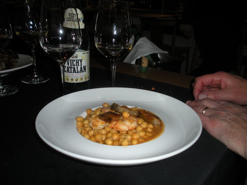 Chickpeas with shrimp and pork jowl