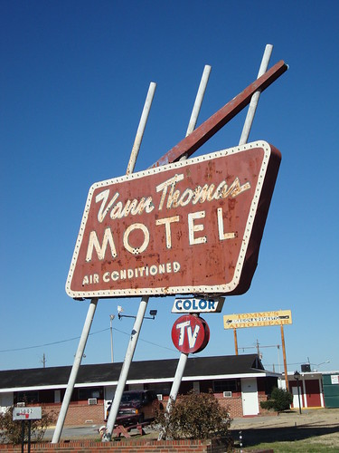 Vann Thomas Motel Sign, Anniston AL