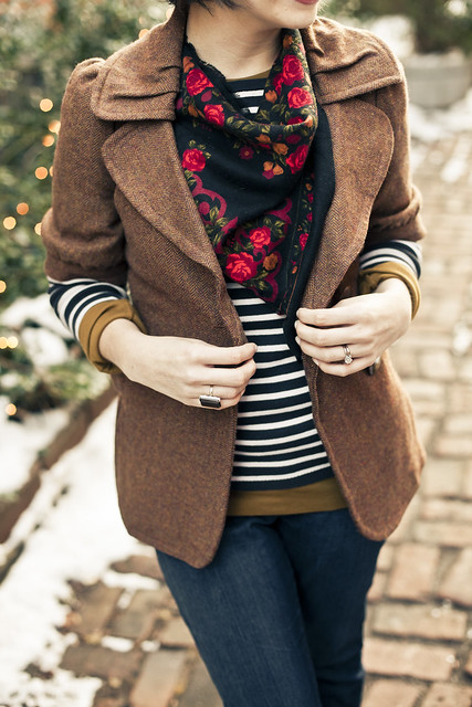 pattered scarf with tweed