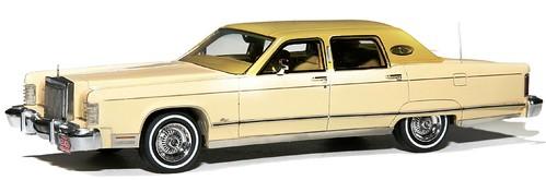 NEO Lincoln Continental 77