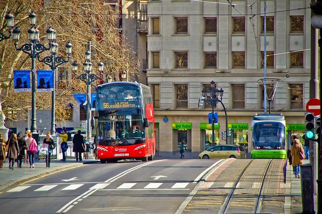BilboBus complementando al Tranvía de Bilbao