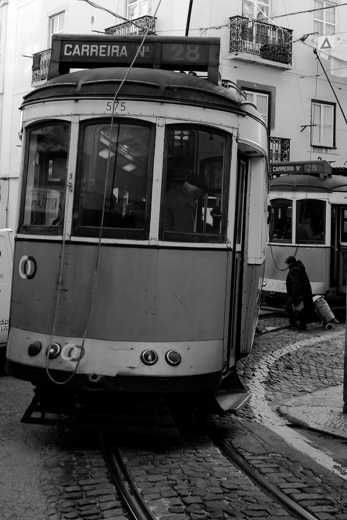 la compra entre dos tramvies