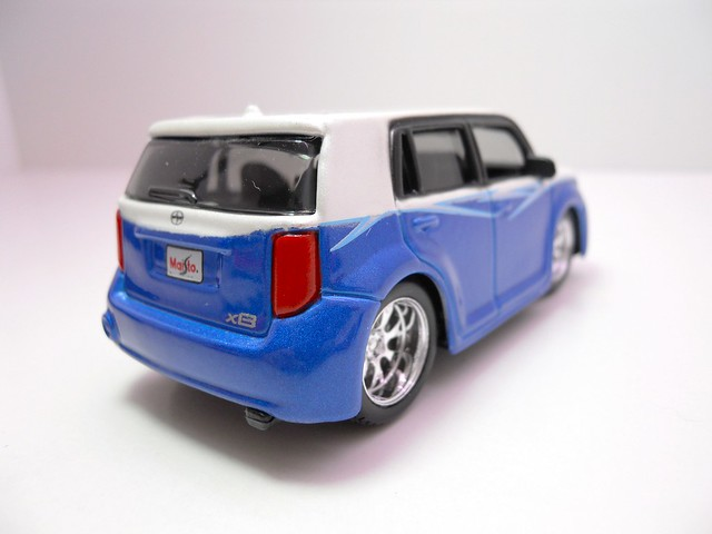 maisto custom shop fifty 5's Scion xB 1